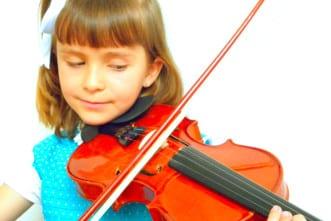 niña-tocando-violin