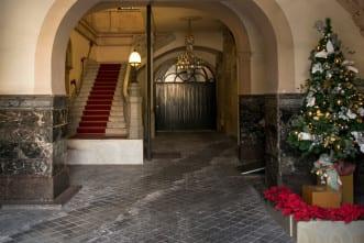 christmas-store-en-La-Embajada