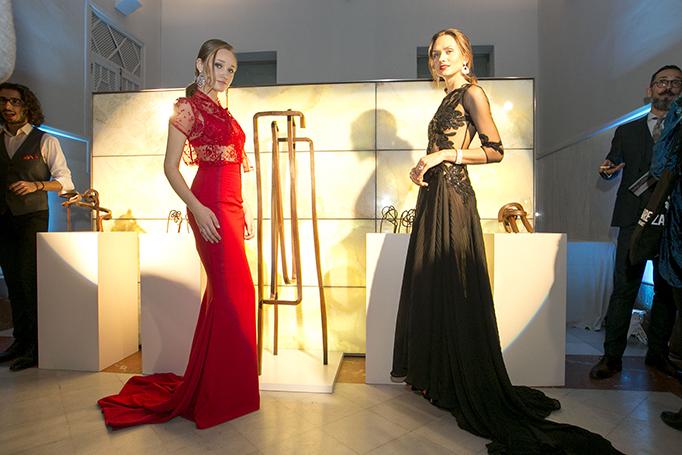 Las modelos, vestidas por Alejandro Resta, durante la presentación de Marfil Joyeros
