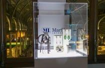 Las piezas de Marfil Joyeros en diálogo con las esculturas